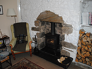 Broomlands sitting room 2
